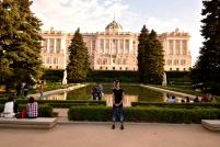 palác z druhé strany